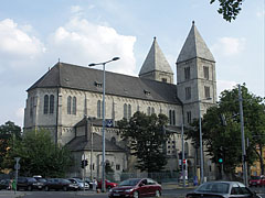 Roman Catholic Church of the Lehel Square (officially Church of Saint Margaret of Hungary) - Budapešť, Maďarsko