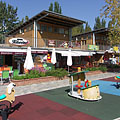 Buffets, cafés, brasseries and a mini playground in Esterházy Beach - Balatonfüred, Maďarsko