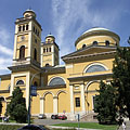 The southern side of the Basilica of Eger - Eger, Maďarsko