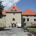 The inner castle in the Rákóczi Castle of Szerencs (with the gate tower in the middle) - Szerencs, Maďarsko