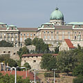 The view of the Royal Palace of the Buda Castle from the Gellért Hill - Budapeşte, Macaristan