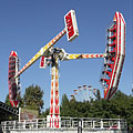 The Sky Flyer attraction of the amusement park - Budapeşte, Macaristan