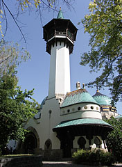 The lookout tower of the Elephan House - Budapest, Hongrie