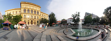 Place Dugonics, Université de Szeged - Szeged, Hongrie