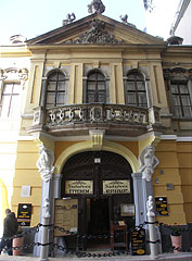 Péterffy Palace (also known as Kriszt House) - Budapeszt, Węgry