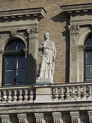 Female figure on the west facade of the Budapest Corvinus University - Budapeszt, Węgry