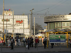 Tram and bus stops, as well as the Sugár Shopping Center (in its older, original form) - Budapeszt, Węgry