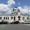 "The building and main entrance of the City Park Ice Rink (""Városligeti Műjégpálya"") - Budapeszt, Węgry"