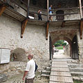 The Barbican and the castle gate from inside - Nagyvázsony, Унгария