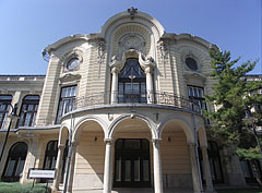 The main facade of the neo-baroque style Stefánia Palace - Budapest, Ungarn