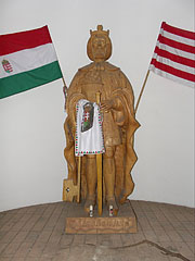 Wooden statue of Szent László (St. Ladislaus I, king of Hungary) in the lookout tower and chapel - Mogyoród, Ungarn