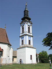 The separated bell tower of the Serbian Ortodox Church - Ráckeve, Ungarn