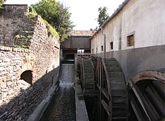 The water wheel system of the old Cifra water mill - Tata (Totis), Ungarn
