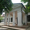 The neo-classical style Kornis Mansion, today a building of the Bezerédj Primary School - Paks, Hongarije