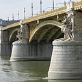 The Pest-side wing of the Margaret Bridge - Budapest, Ungern