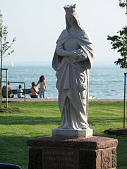 Statue of St. Elizabeth of Hungary - Balatonalmádi, هنغاريا