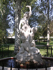 """Mermaids of Balaton"" statue and ornamental fountain - Balatonfüred, هنغاريا"