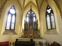 Gothic chapel, including the Sacred Heart of Jesus Altar - بودابست, هنغاريا