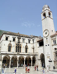 The Sponza Palace and the City Bell Tower (belfry) - دوبروفنيك, كرواتيا
