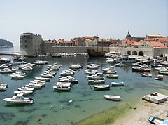 The City Harbour and the Small Arsenal from the St. Luke's tower and fortress - دوبروفنيك, كرواتيا