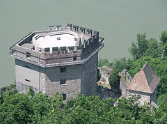 The hexagonal Solomon Tower viewed from above, the Upper Castle - Visegrád, هنغاريا