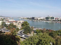 Tabán Quarter, the Döbrentei Square and the two banks of River Danube (from the eastern side of Gellért Hill) - Budapest, Hungary