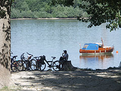 Tranquility on the riverbank of the Danube - Dunakeszi, Hungary