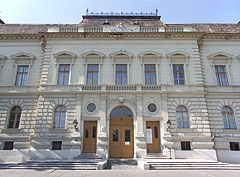 The south facade of the City Hall of Hódmezővásárhely - Hódmezővásárhely, Hungary