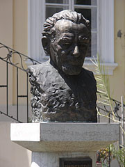 Bronze bust statue of István Pákolitz in the yard of the Town Museum - Paks, Hungary