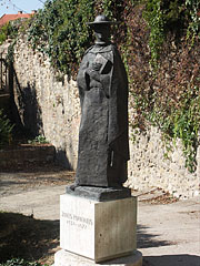 Bronze statue of Janus Pannoniues, the 15th-century Hungarian humanist poet and bishop of Pécs - Pécs, Hungary