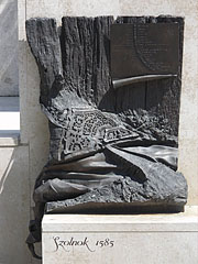 "The ""Szolnok 1585"" or the ""Blind sculpture"" bronze relief shows the 16th century appearance of the town, based on old travel notes - Szolnok, Hungary"