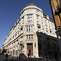 The eclectic-secessionist-modern style palace of the former Hungarian General Credit Bank (today it is the Ministry of National Economic Affairs) - ブダペスト, ハンガリー