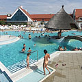 Outdoor adventure pools with 28°C temperature water - Kehidakustány, 헝가리